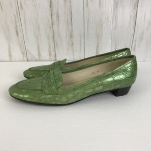 Talbots Green Faux Alligator Loafers Slip Ons 8.5